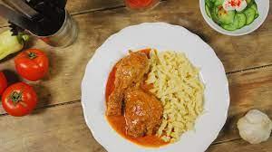 paprikás csirke - Mat i Ungern